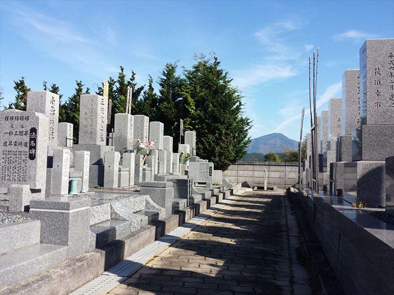 法雲寺墓苑