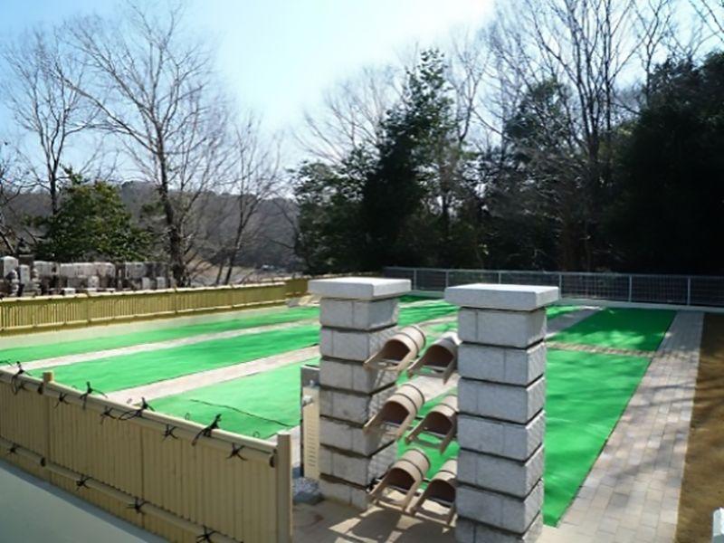 パークフォレスト鉢ヶ峯 掃除道具置き場と水場