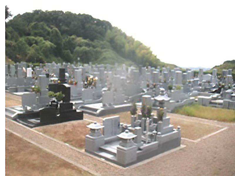 貝塚市公園墓地 ゆとりある墓域