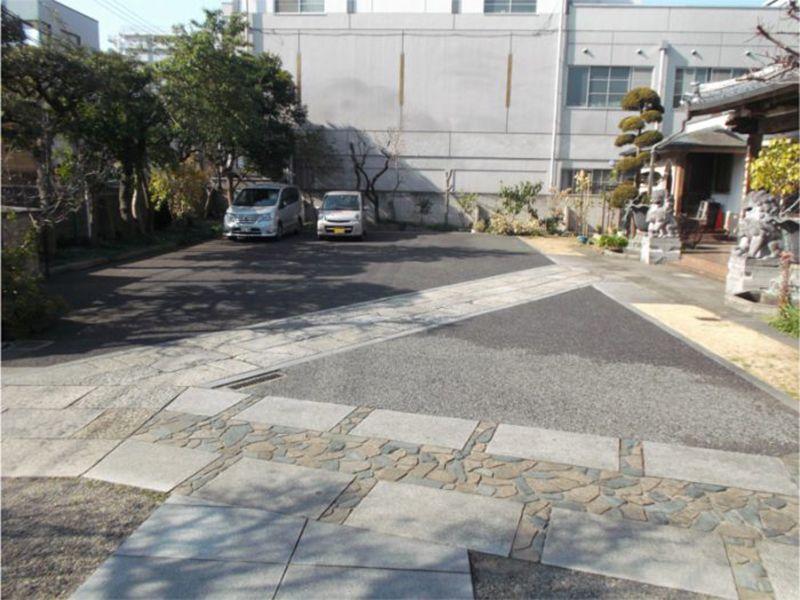 隅田川せせらぎ霊園 広々とした専用駐車場