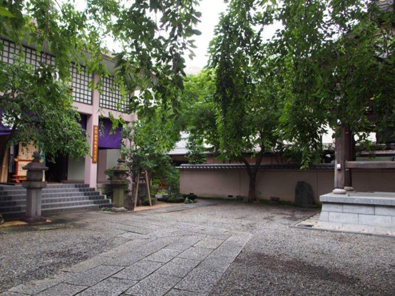 聖輪寺墓苑