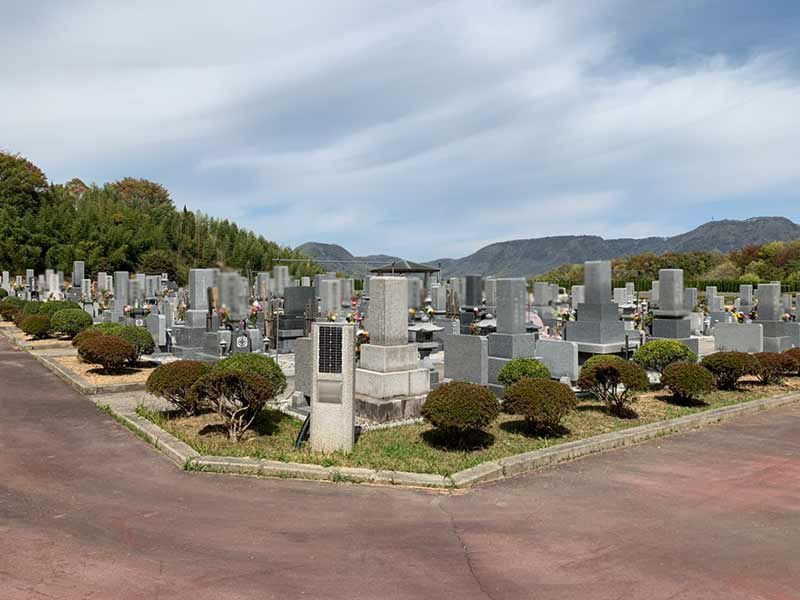 高松市六ッ目公園墓地