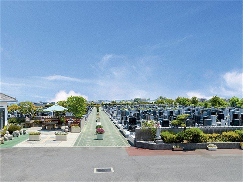 しらこばとメモリアルパーク 樹木墓 「千の郷」 広々とした霊園風景