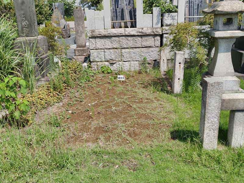 大本山 總持寺(総持寺) 広い区画の一般墓域
