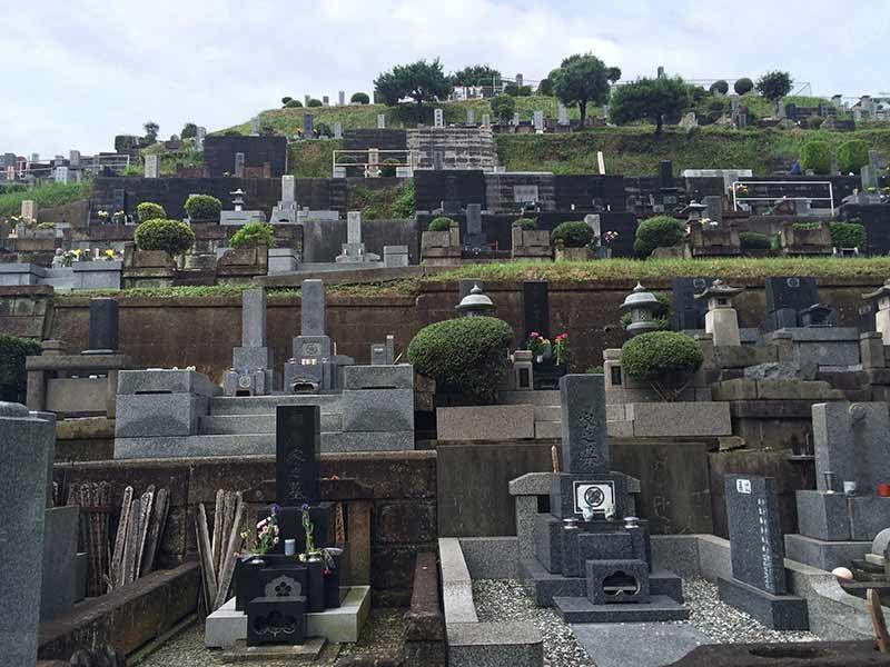 東光寺 和型墓石