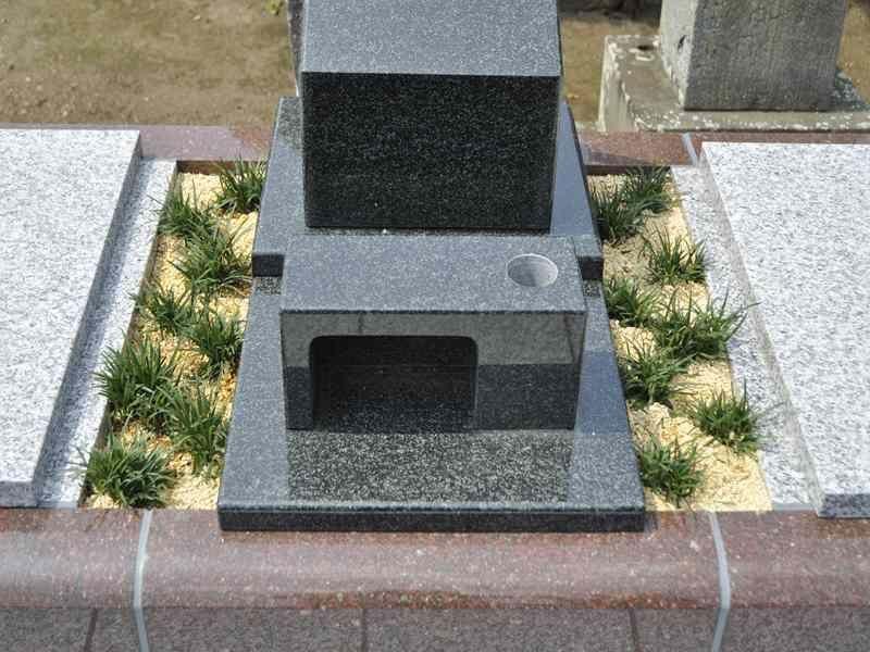 相頓寺墓苑 永代供養墓 御影石が美しい墓石