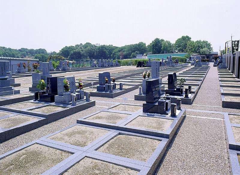 はにゅうの霊園 和型・洋型墓石