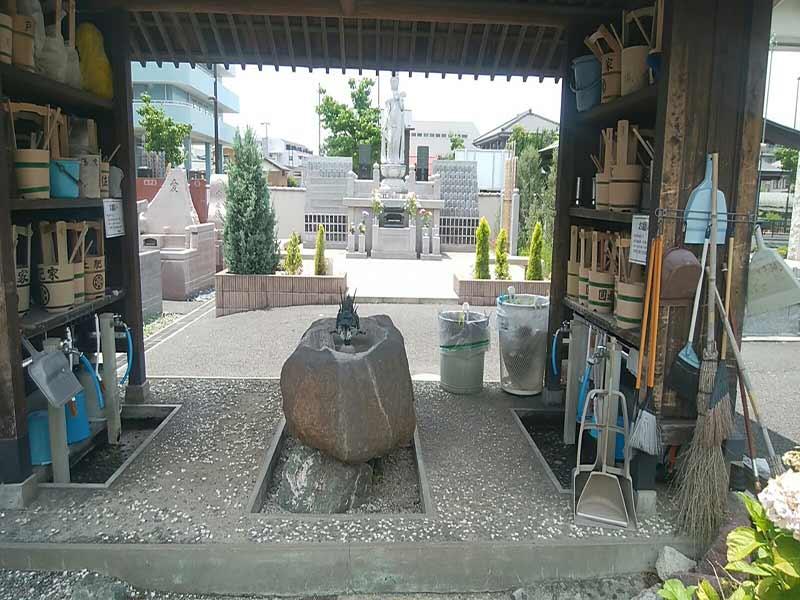 円通寺 とねり聖地 自由に使える参拝道具と水汲み場