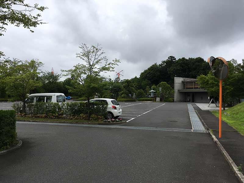 合掌の郷 町田小野路霊園 駐車場③