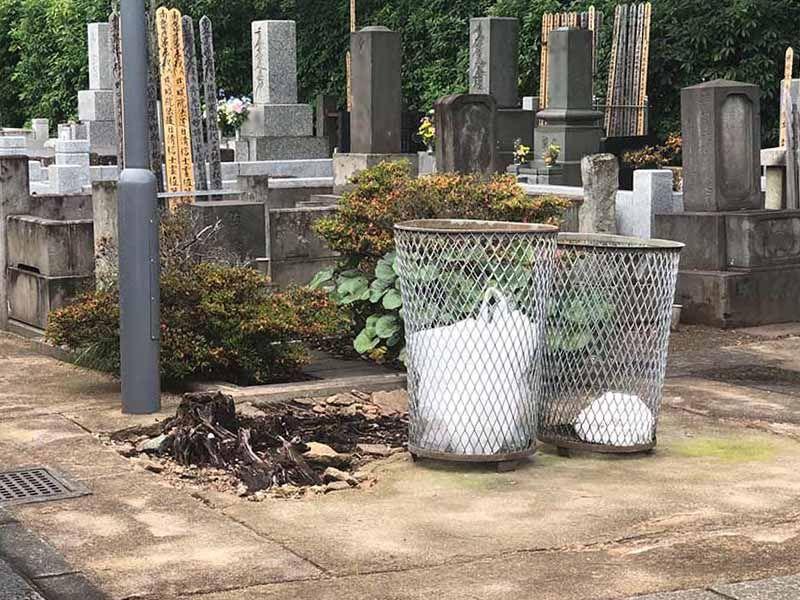 大田妙樹苑 樹木葬墓地 苑内にはゴミ箱を配置