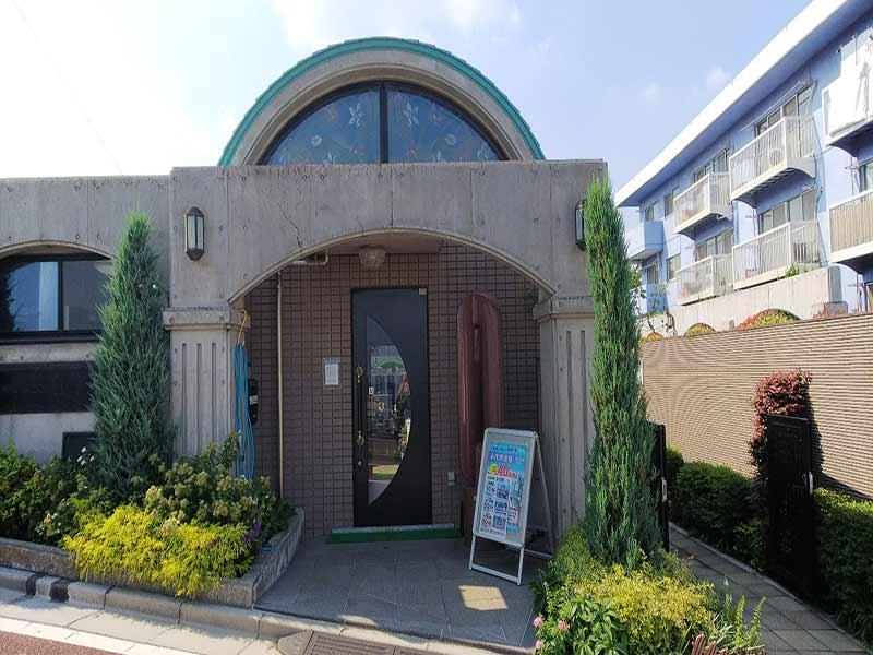 板橋向原浄苑 永代供養墓「風の標識」 分かりやすい入口