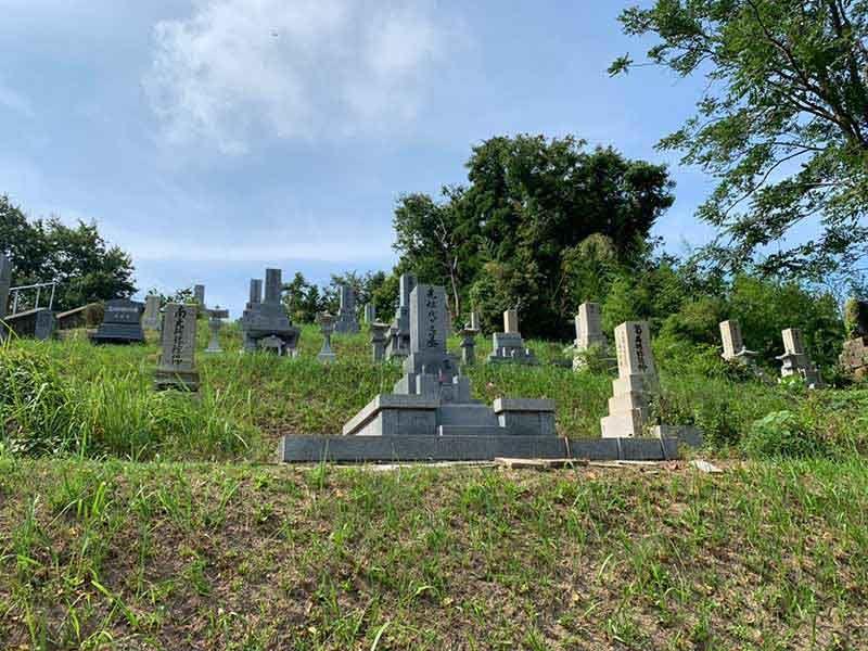 氷見市営 村上墓地