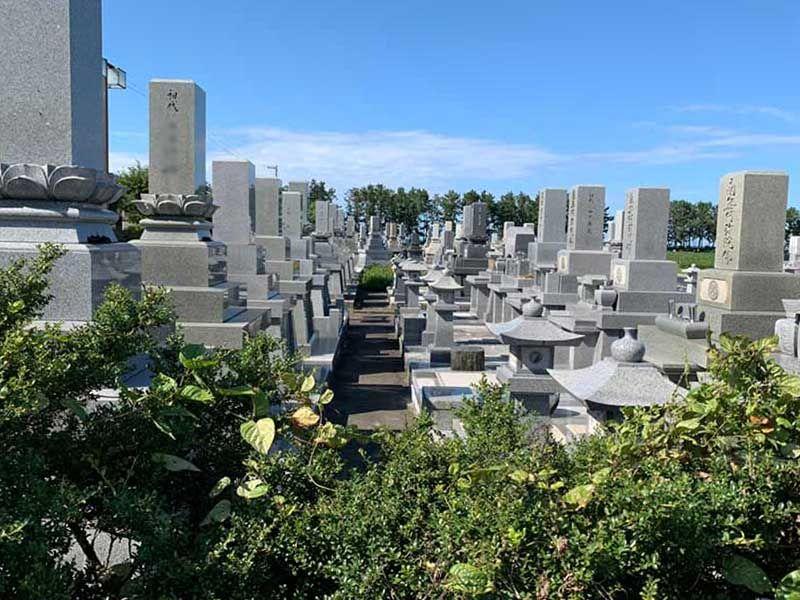 朝日町営 東草野墓地