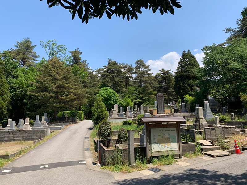 金沢市営 野田山墓地