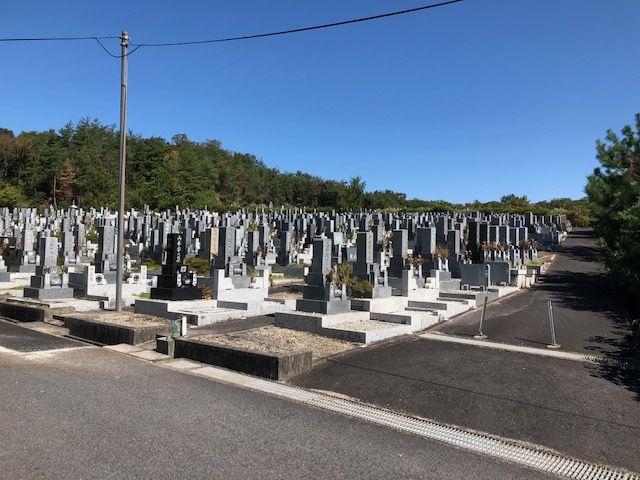 五色園墓地の園内の様子