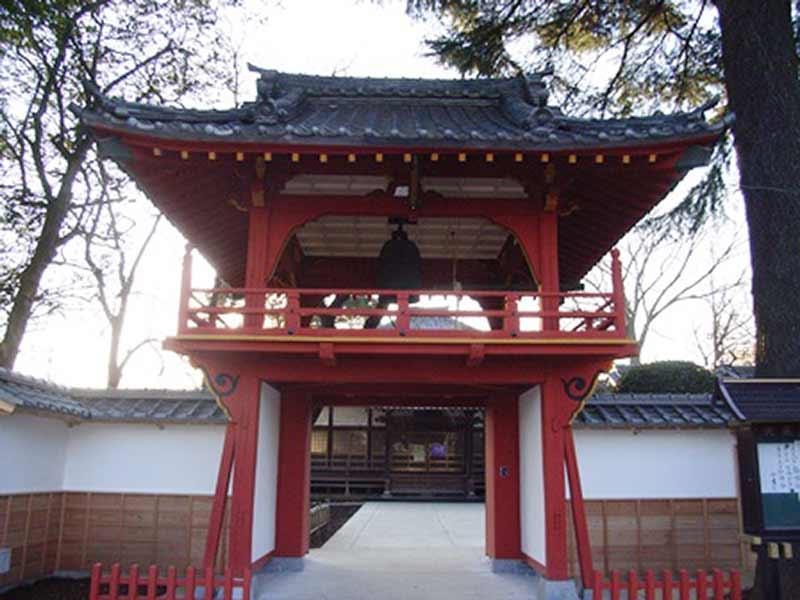 相頓寺墓苑 鮮やかな鐘楼