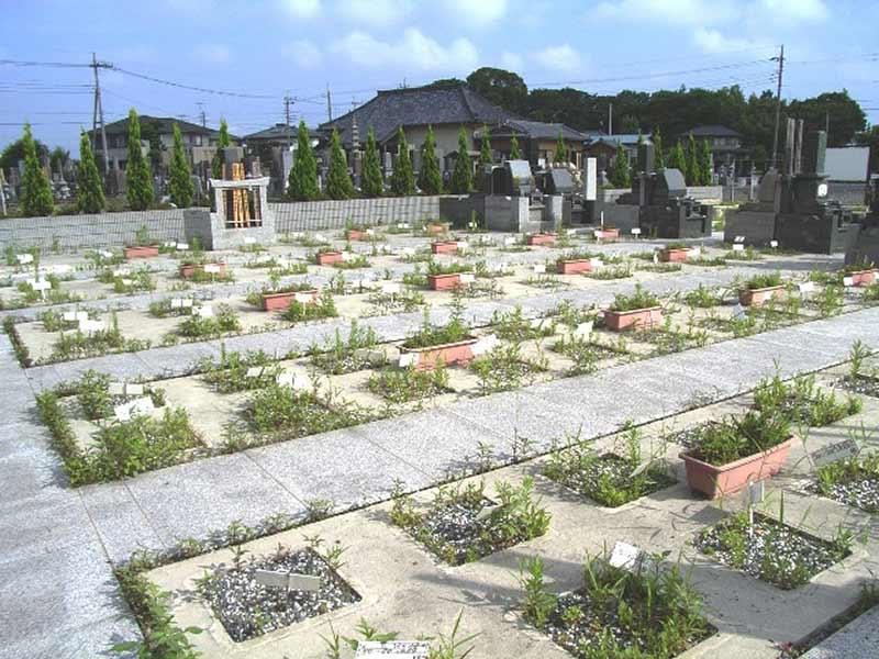 羽生東霊園 広々とした区画