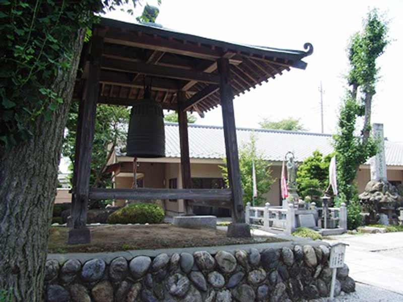 高雲寺 敷地内にある鐘