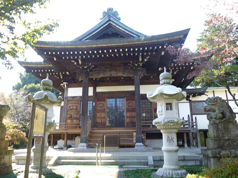 法雲寺 荘厳な本堂