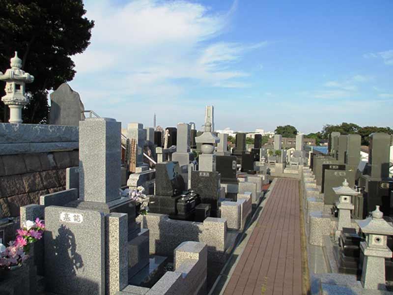 清水ヶ丘霊園 日当たりのよい墓域
