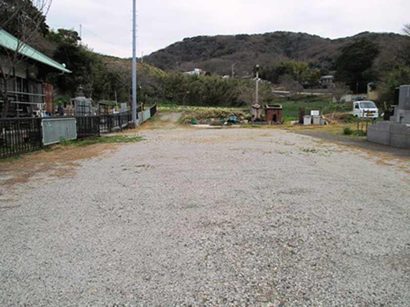 法道寺墓苑 駐車スペース
