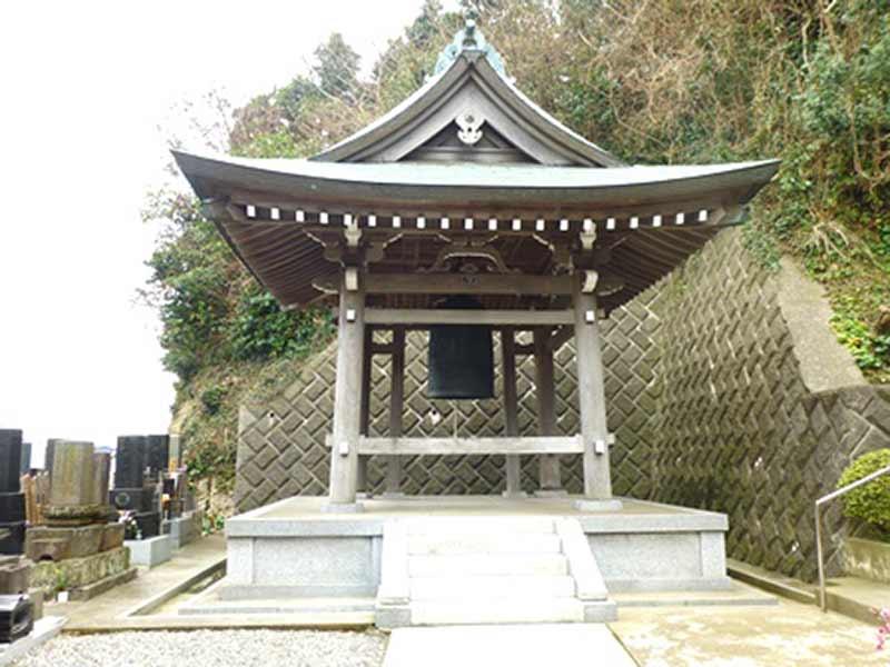西徳寺 敷地内にある鐘