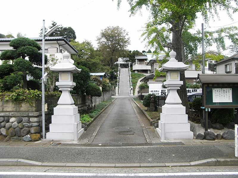 長源寺 公道からのアクセス良好