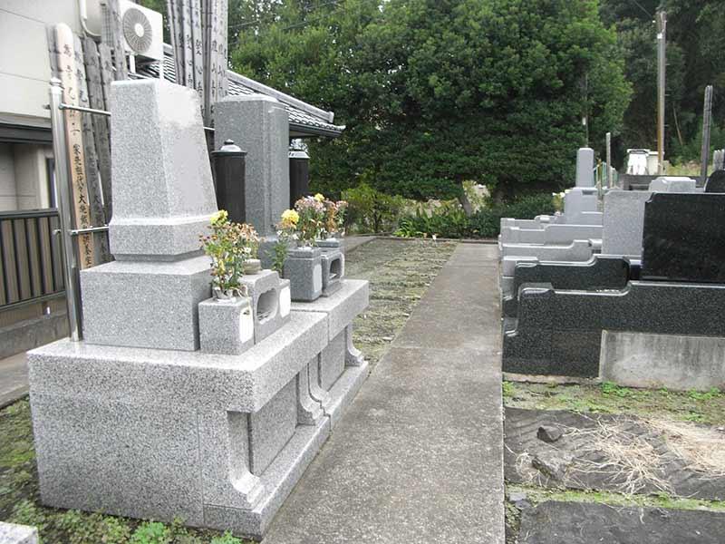 清岩寺 整備された区画