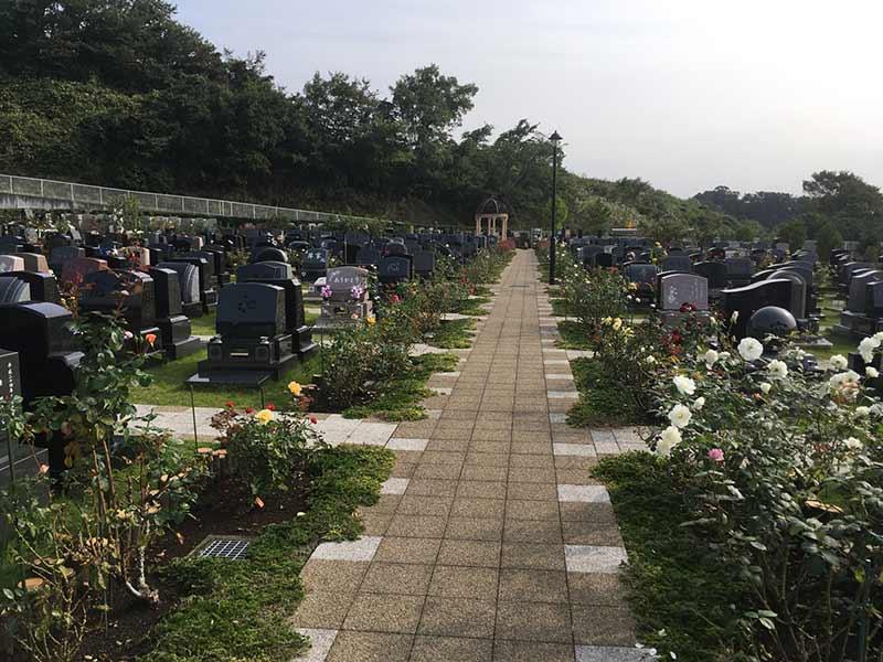 メモリアルパーク花の郷墓苑 厚木宮の里 全区画バリアフリー対応