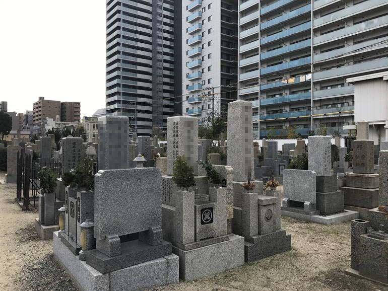 大阪市設 北霊園 住宅地にある霊園