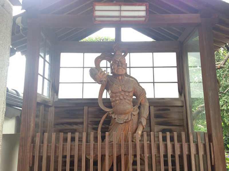 東学寺 のうこつぼ 金剛力士像