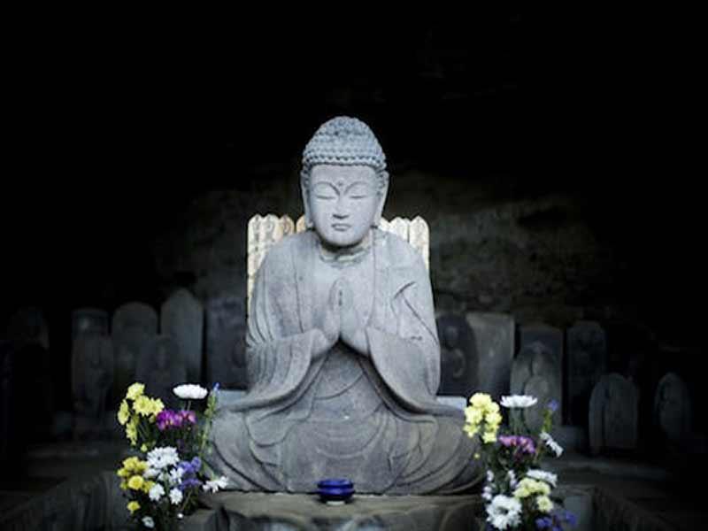薬王寺 お釈迦様石像