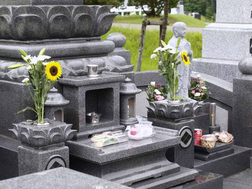 墓石のお供え