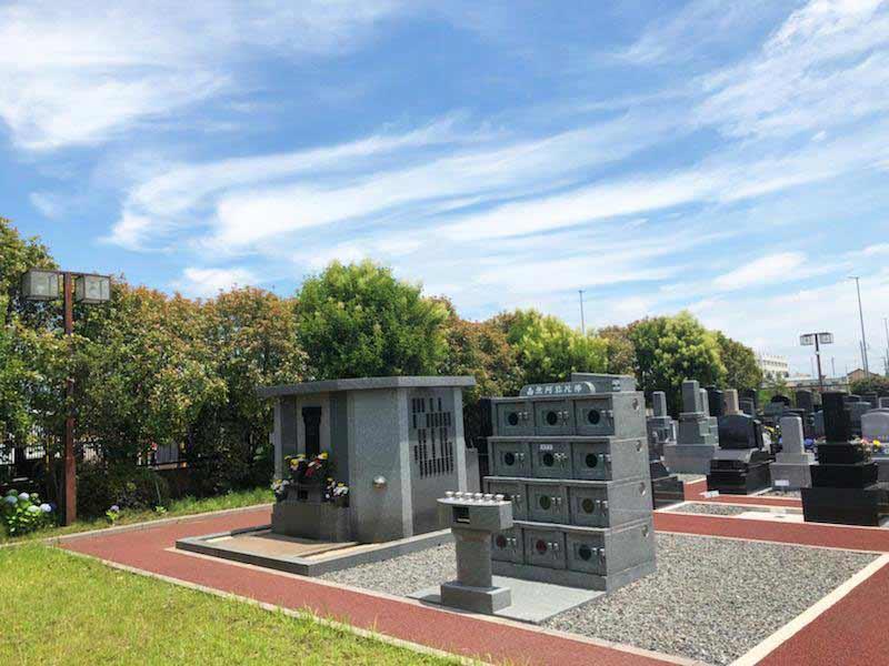 光明寺墓苑 永代供養碑