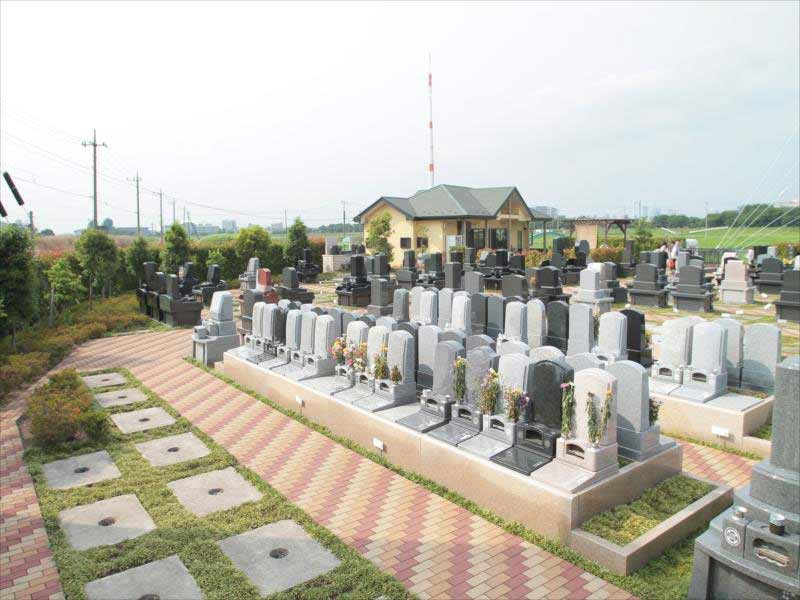 うらわ秋ヶ瀬霊園 「永遠の絆」永代供養墓 開放的な霊園内