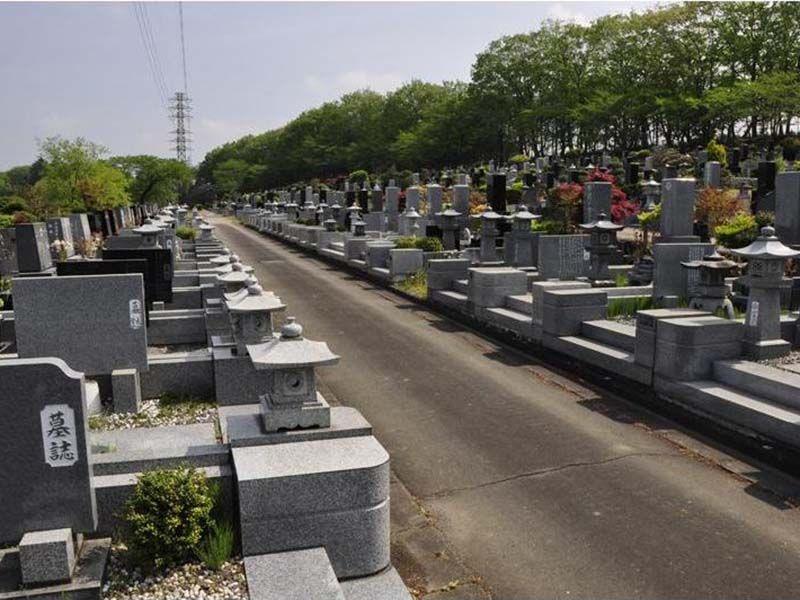 秩父市営 秩父聖地公園やすらぎの丘 区画整備された墓域