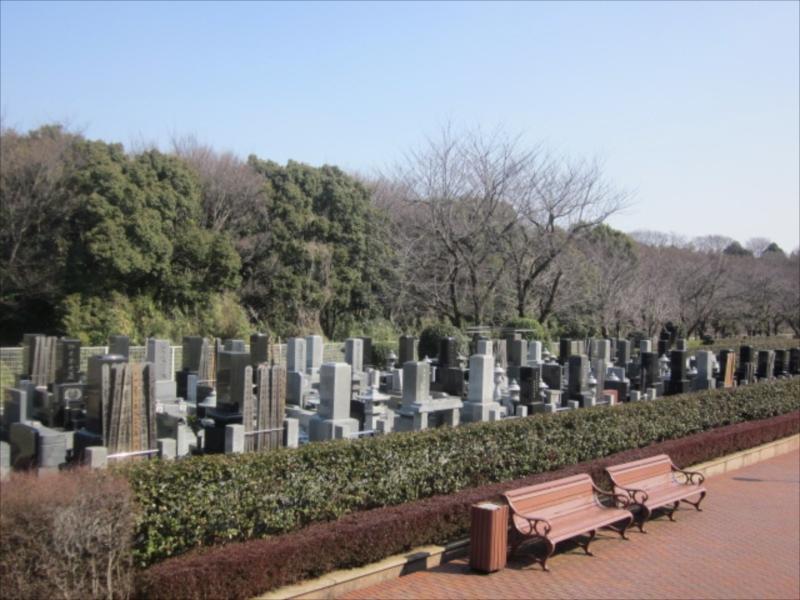 綾瀬市営 本蓼川墓園 開放的な雰囲気の墓域