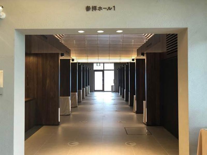 横浜市営 日野こもれび納骨堂 光が入る参拝ホール