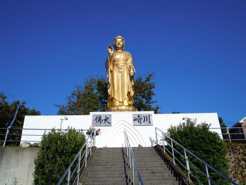 川崎霊園 霊園を見守る大仏