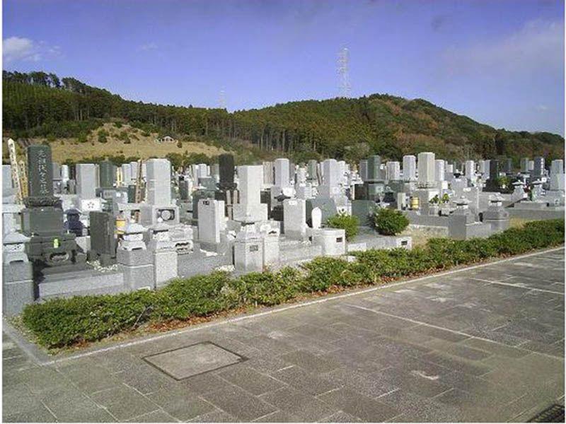 袖ヶ浦市営 墓地公園 自然に囲まれた園内