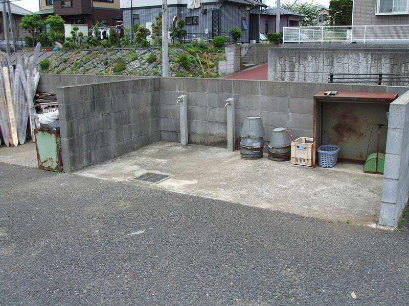 成田市営 成田霊園 水汲み場