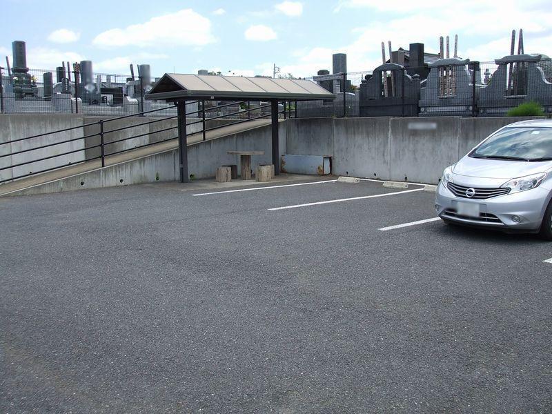 成田市営 成田霊園 駐車スペース