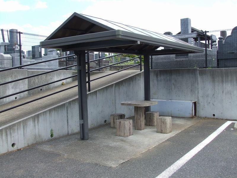 成田市営 成田霊園 休憩スペース