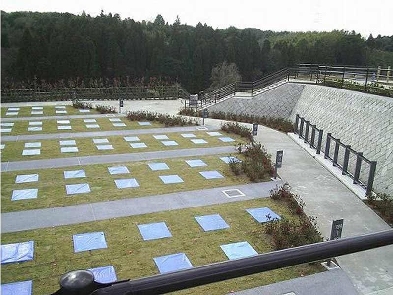 市原市営 海保墓園 自然に囲まれた園内