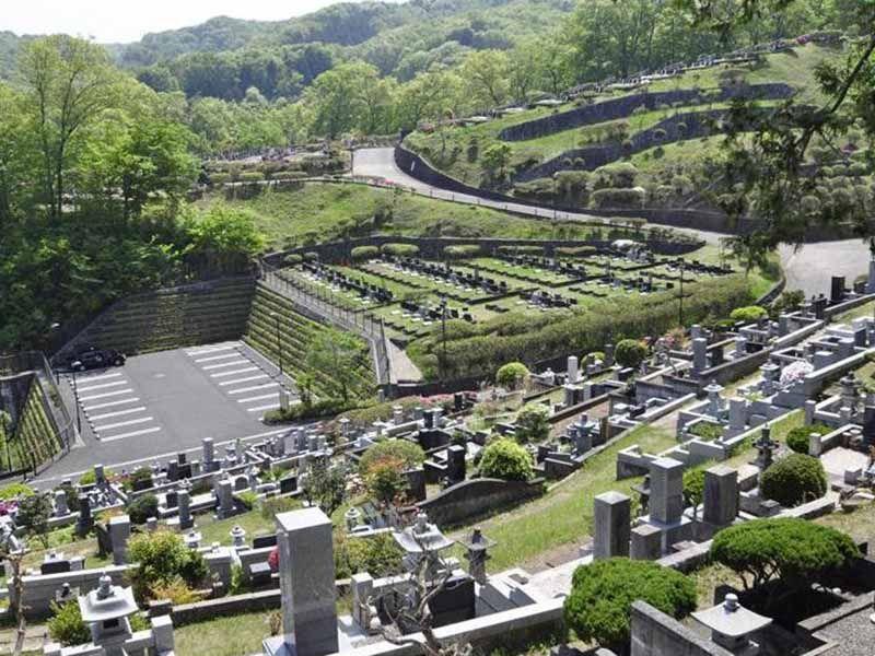 青梅市墓地公園 見晴らしの良い霊園