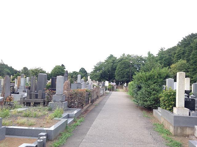都立 染井霊園 開放的な墓域