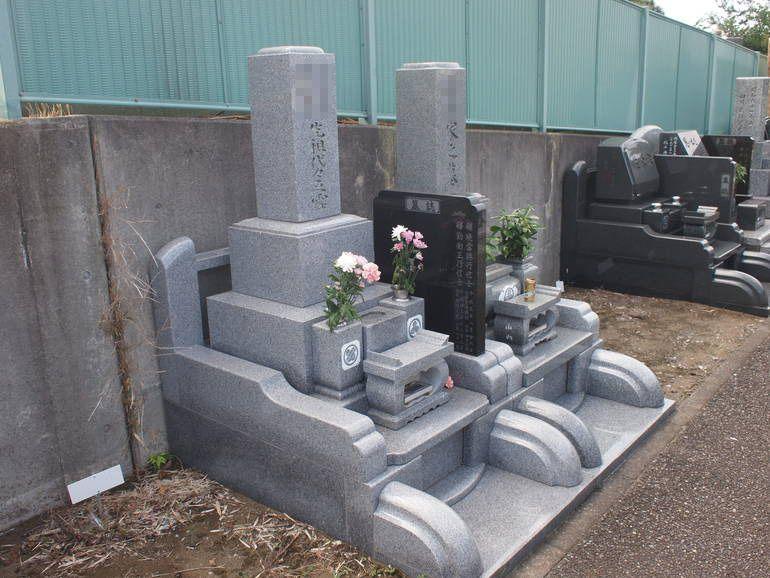 藤沢霊園 手入れの行き届いた墓域