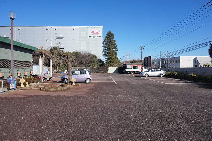 平和浄苑の駐車場