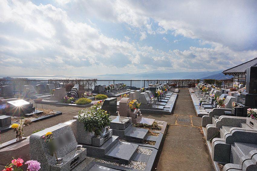 湯河原吉祥公園墓地の人気区画