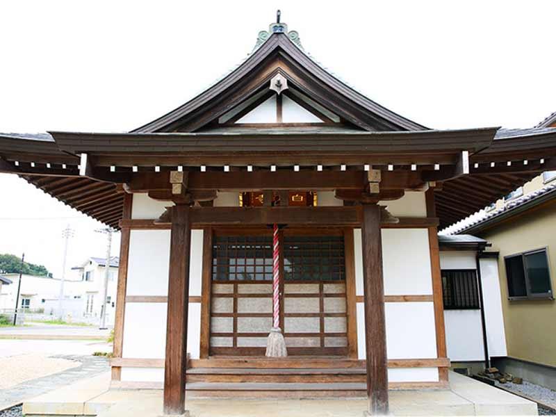 蓮田樹木葬墓地 明るい雰囲気の本堂
